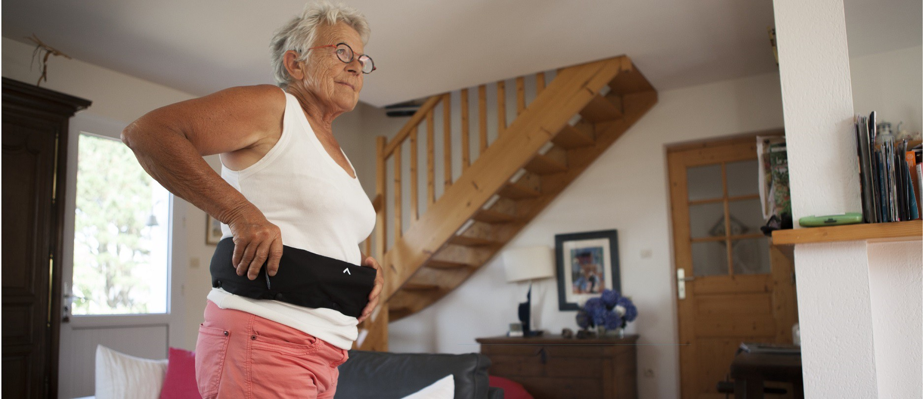Helite airbag belt for senior hip fracture